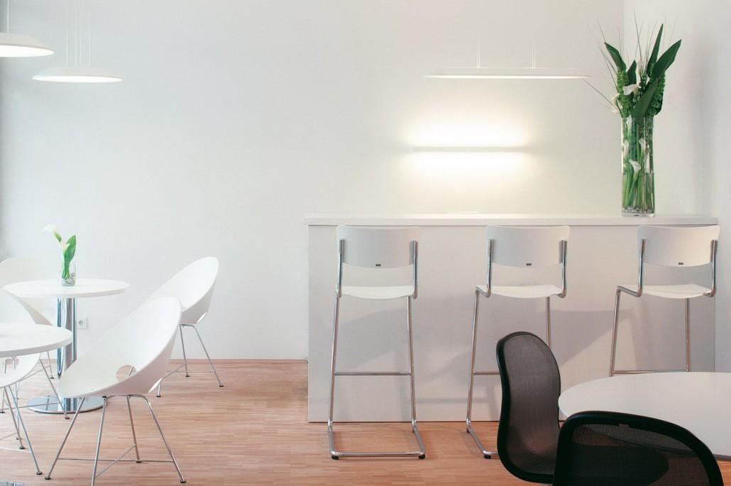 thonet s 43 designfunktion klassiker. Black Bedroom Furniture Sets. Home Design Ideas
